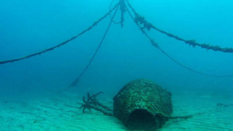 El Poris Dive Site - boat lines