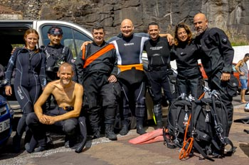 We dive on Tenerife in big groups also